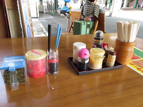 佐賀競馬場の龍ラーメンのテーブル