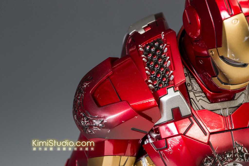2013.06.11 Hot Toys Iron Man Mark VII-059