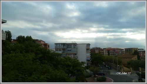 Feliz Martes de Nubes by Miguel Allué Aguilar
