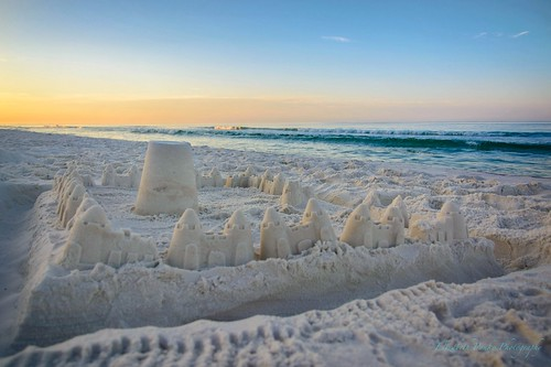beach sunrise florida sandcastle destin nikond5200 originalfilter uploaded:by=flickrmobile hiltonsandestinbeachgolfresortspa flickriosapp:filter=original