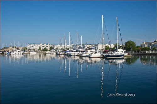 blue sky ontario water marina boats lakeontario cobourg cobourgmarina