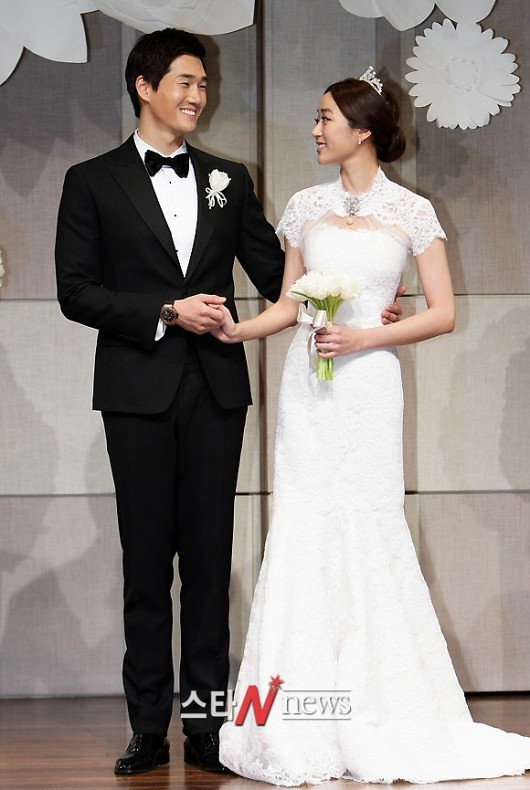 KOREAN ACTORS MARRIED (10)