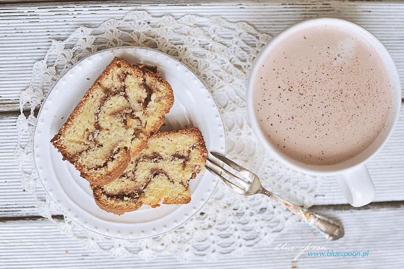 ucierane ciasto z cynamonem - przepis i zdjecia