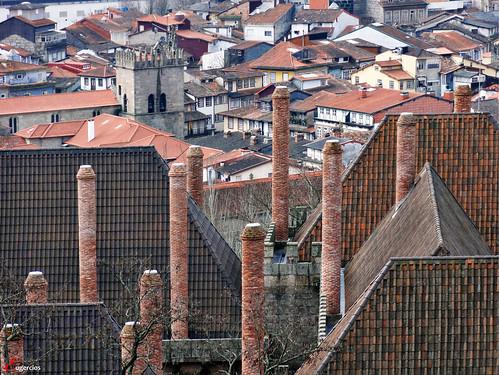 portugal architecture arquitectura europa europe chimeneas braga guimarães palacio chamine urbanview patrimoniodelahumanidad