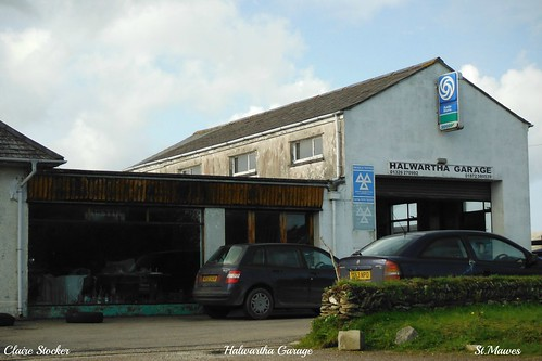 Halwartha Garage, St.Mawes by www.stockerimages.blogspot.co.uk