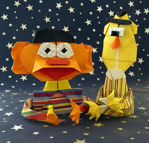 Origami Bert and Ernie (Carlos González Santamaría AKA Halle)