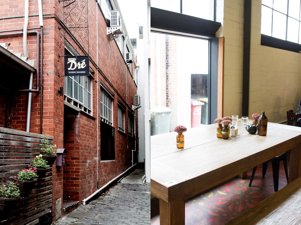 Melbourne Cafes: Manchester Press