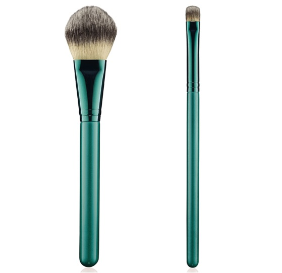 mac-alluring-aquatic-brush