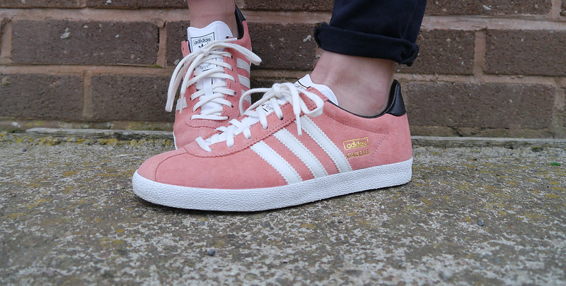 adidas, adidas gazelle, adidas peach gazelle, fake nose ring, skullduggeryclothing, sojeans, trainers, fashion,