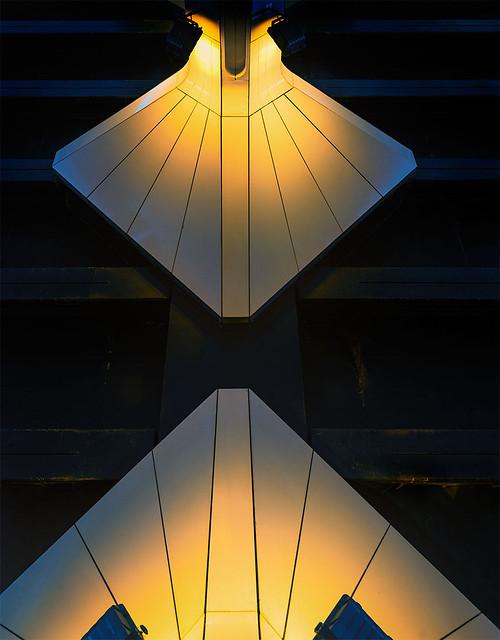 Meeting of light