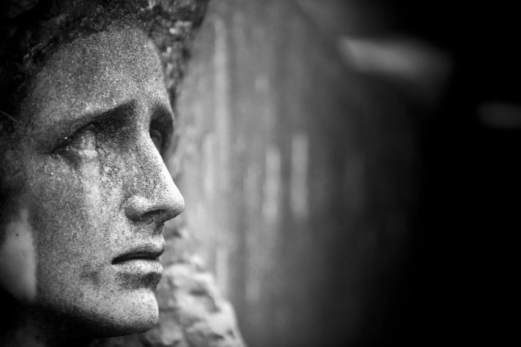 La muerte mata, la vida hiere - Chema Concellon