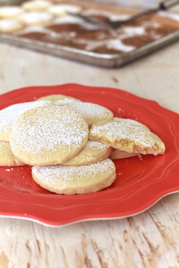 Almond Pillow Cookies 25