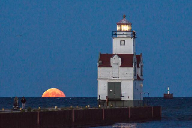 Lighthouse, Full Moon, Lake Michigan, Kewaunee, WI