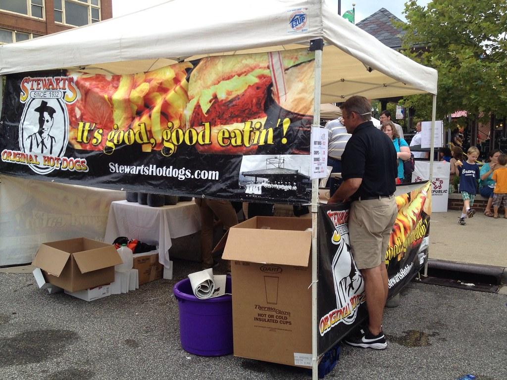 Hotdog Festival + Frostop