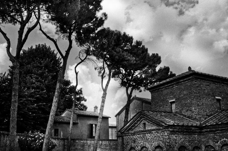 mausoleum6