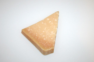 08 - Zutat Parmesan / Ingredient parmesan