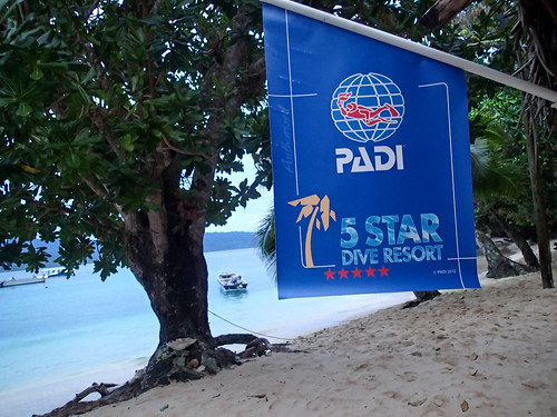 Qamea is a 5 star Padi resort!