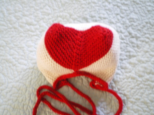red heart hat knit by expknitter