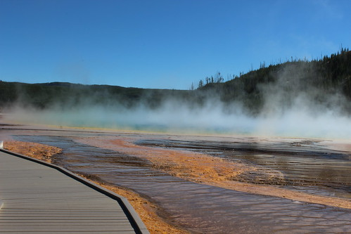 IMG_2132_Grand_Prismatic_Spring_in_Midway_Geyser_Basin