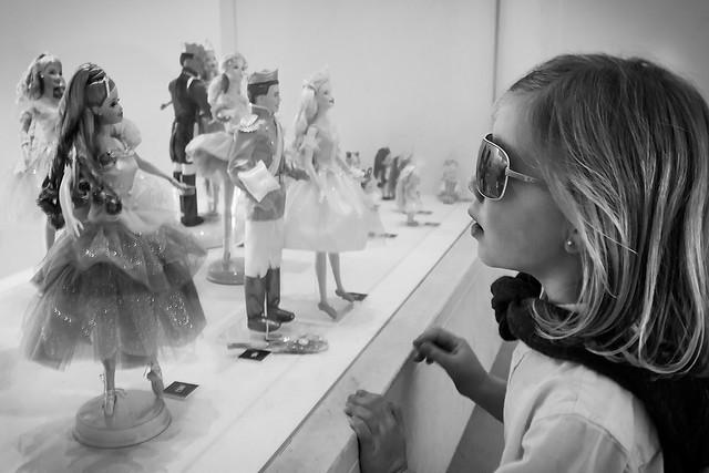 Lucia Barbie B&N1600x1067
