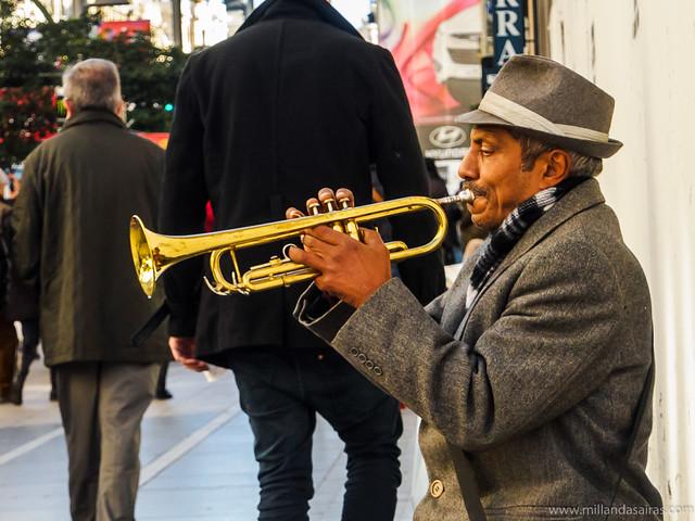Trompetista en la Gran Vía