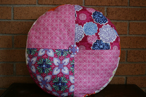 sprocket pillow back