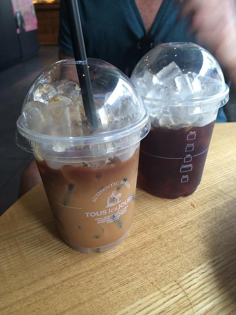 Iced espresso drinks - Tous Les Jours