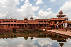 Embrace the calmness of Fatehpur Sikri - Things to do in Agra