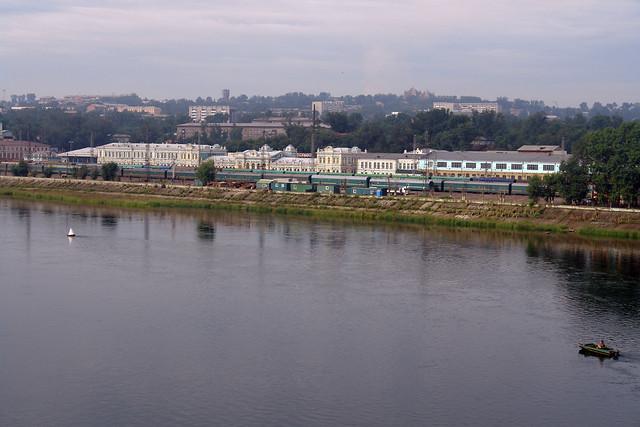 Estación principal de tren de Irkutsk, junto al río Angara Irkutsk, la venecia siberiana de Rusia - 13832414414 46297b8017 z - Irkutsk, la venecia siberiana de Rusia