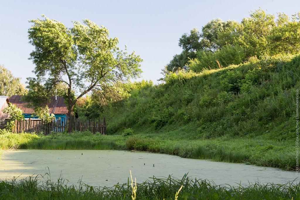 Ров вокруг Михайло-Архангельского монастыря в Юрьеве-Польском