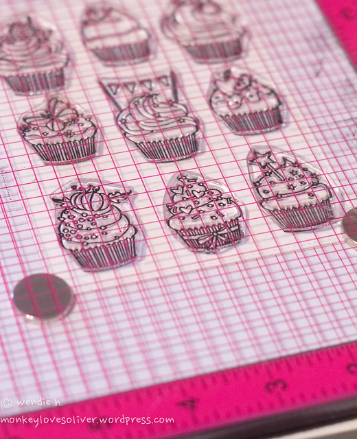 cupcakes: lined up and inked