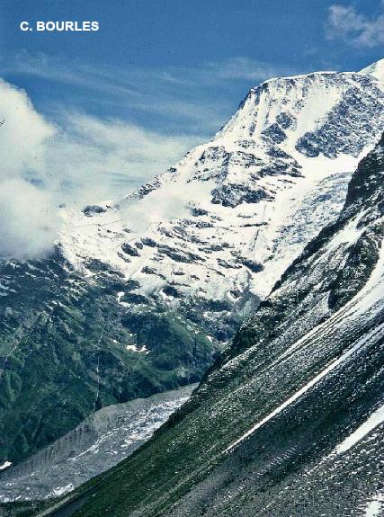chutes de neige en moyenne montagne dans le massif du Mont-Blanc en août 1978 météopassion