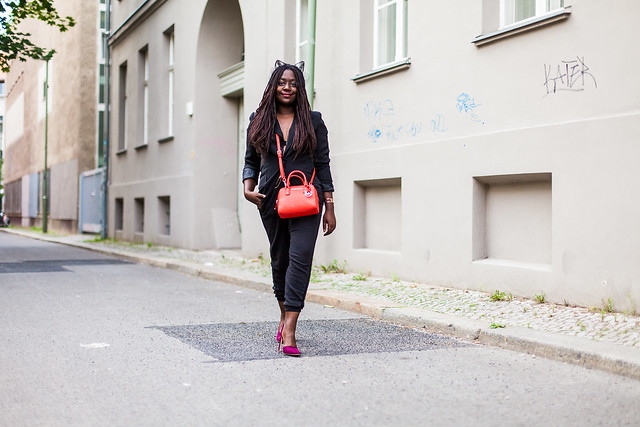 lois opoku berlin fashion week streetstyle black blazer-cat-ears- lisforlois