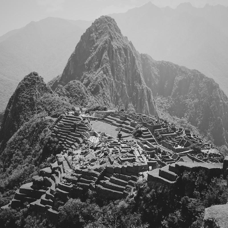 Machu Picchu in Mono