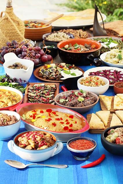 Supra. Gruusia pidusöök. Georgian feast.