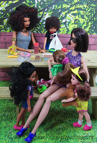 Picnic in the Park by DollsinDystopia