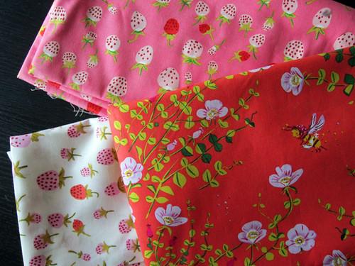Briar Rose nanny bee & strawberries
