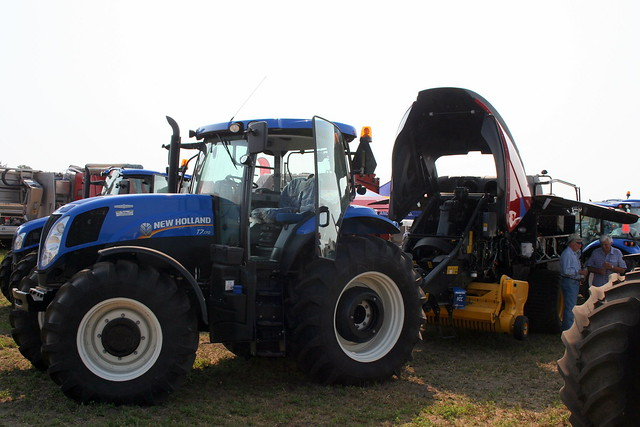 New Holland Tractor and Bailing Machine_8861 from Flickr via Wylio