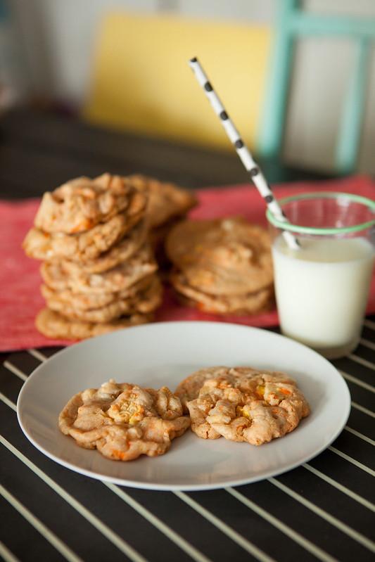 Candy Corn Oreo White Chocolate Chip CookiesIMG_5040