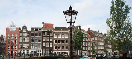 amsterdam_housetops