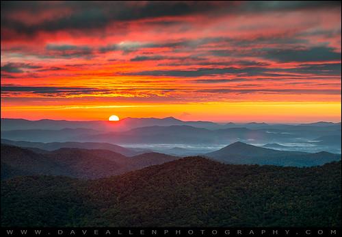 autumn sunrise landscape photography nc scenic northcarolina blueridgeparkway reallyrightstuff wnc outdoorphotographer nikond800