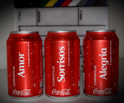 2013 Coca-Cola Natal Amor Sorrisos Alegria latas by roitberg
