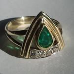 geel gouden ring smaragd