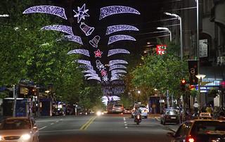 Las calles de Montevideo, iluminadas.
