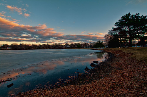 winter sunset day cloudy massachusetts wakefield lakequannapowitt