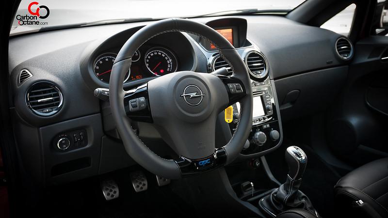 2014_Opel_Corsa_OPC_Nurburgring_Edition_interior