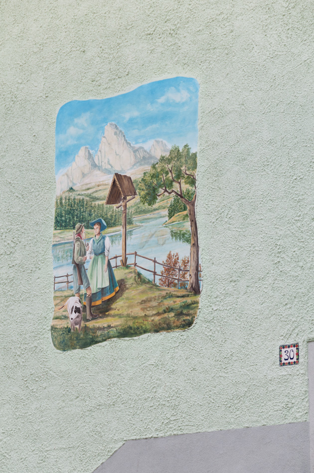 farm wall painting italy