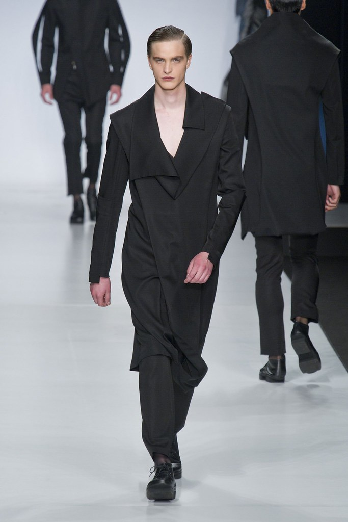 SS14 Milan Ji Wenbo010_Robert Laby(fashionising.com)