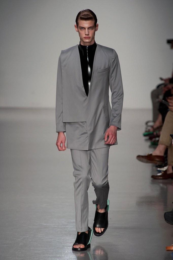Justus Eisfeld3049_SS14 London Kay Kwok(fashionising.com)