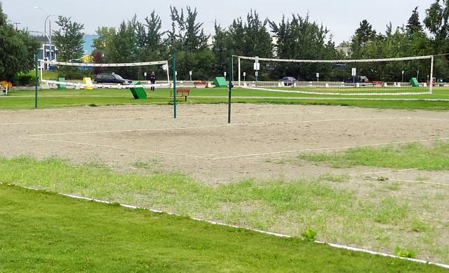 yukon-beach-volleyball-cour